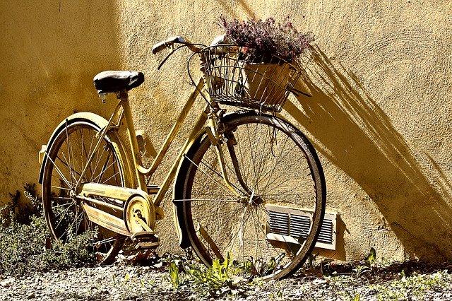 Repeindre le cadre d'un vélo