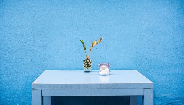 Quelle peinture pour repeindre un meuble ?