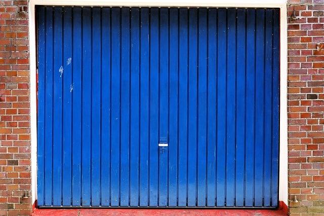 Comment isoler une porte de garage ?